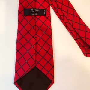 Brooks Brothers BROOKS Basics Pure Solid Silk Tie
